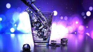 Domowa kostkarka do lodu