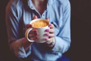 Ręczny młynek do kawy - Jaki wybrać i kupić